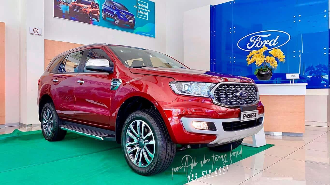 Xe 7 chỗ Ford Everest Titanium 4x4 Biturbo 2021