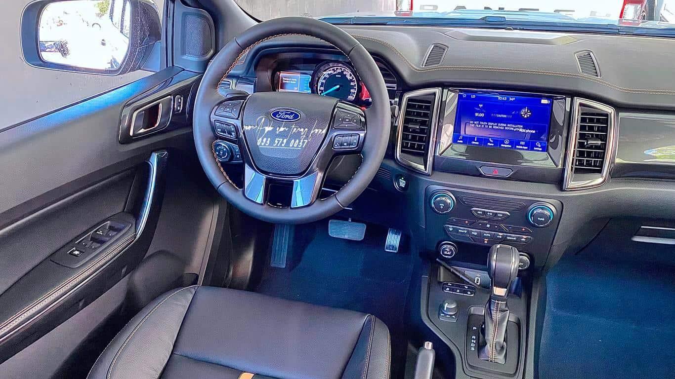 Nội thất xe Ford Ranger Wildtrak 4x4