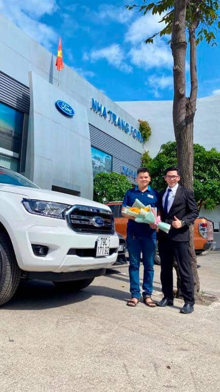 Giao xe Ford Ranger Limited ở Nha Trang