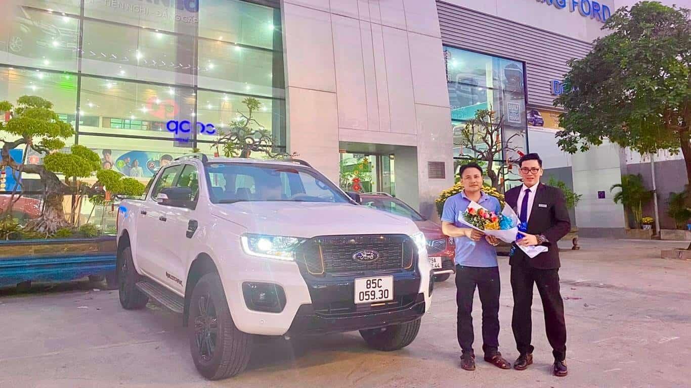 Giao xe Ford Ranger Wildtrak ở Ninh Thuận