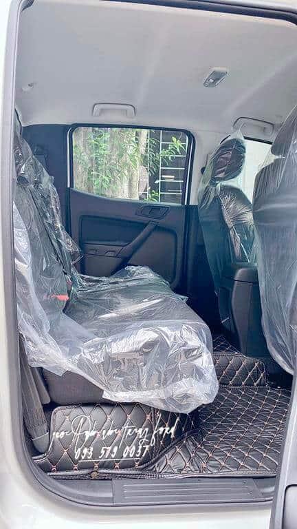 Nội thất Ford Ranger XL 4x4 2021