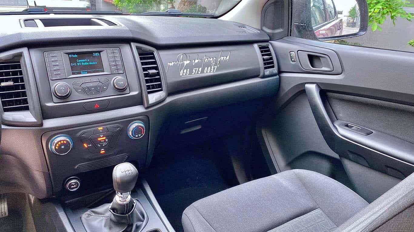 Tiện nghi Ford Ranger XL 4x4 2021