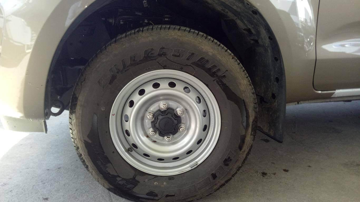 Ngoại thất Ford Ranger XL