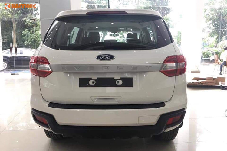 Ford Everest Ambiente 2018-2019